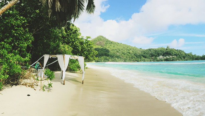 beach wedding dubai to seychelles