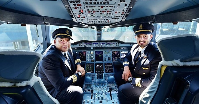 Emirates Pilot Salary: How Much They Make Per Month Revealed | Dubai OFW