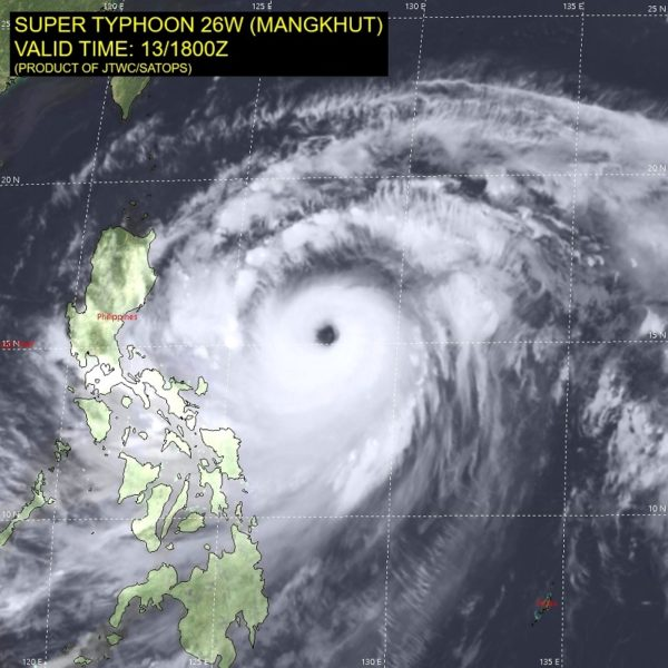 typhoon ompong closes in2