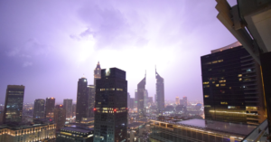 Abu Dhabi Police Urges Residents to Stay In due to Bad Weather Conditions