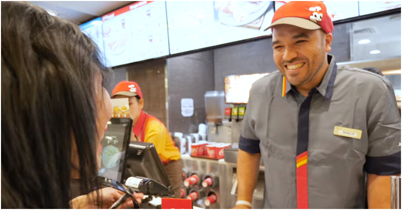 WATCH Khalid Al Ameri Serves Free Meals at Jollibee UAE