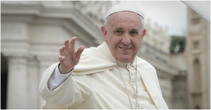Free UAE Bus Rides for Papal Mass Event