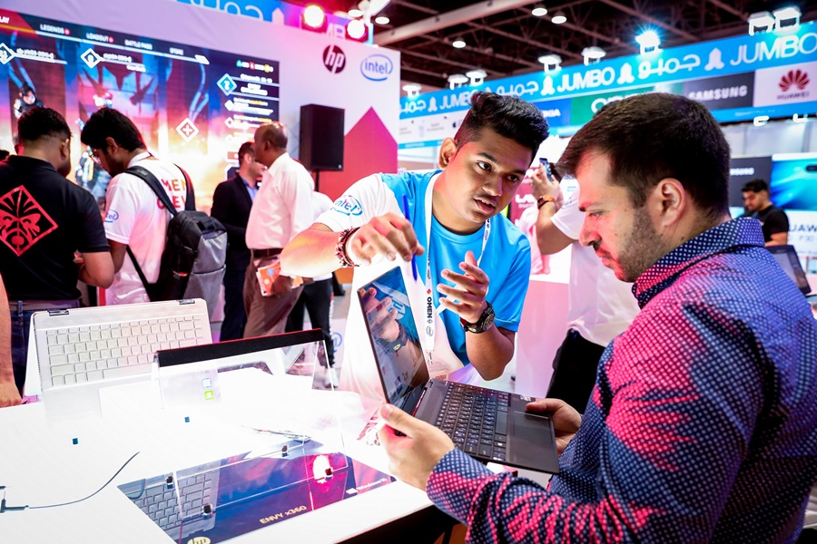 Key retailers are offering promotions and bundled deals at GITEX Shopper