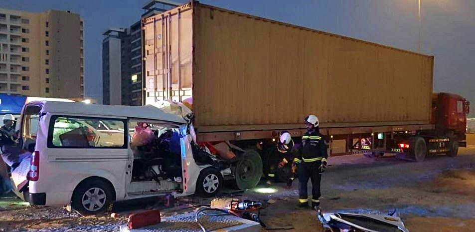 uae dubai road crash