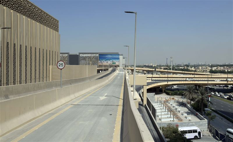 road bridge dubai mall to zabeel exit