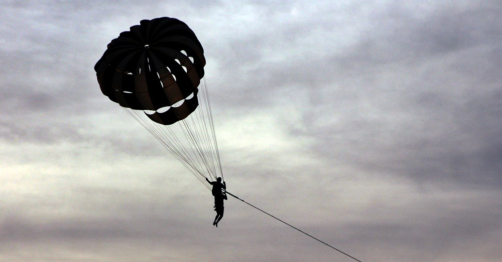 parasailing accident in sharjah