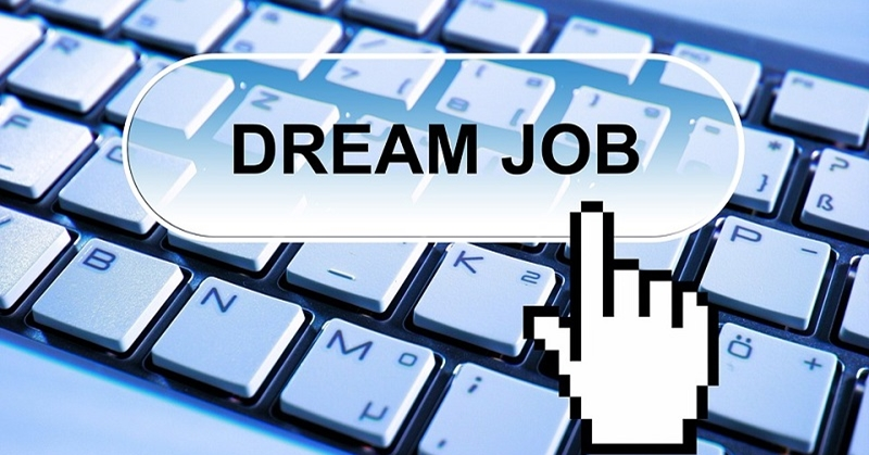 List of UAE Websites to Search for a Job