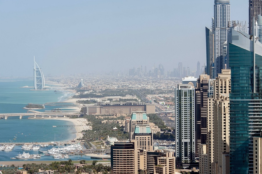 12 Reasons Why Filipinos Want to Work in UAE