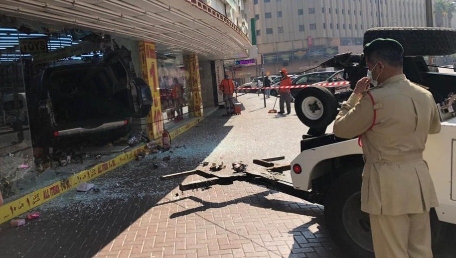 dubai suv vehicle crash into store