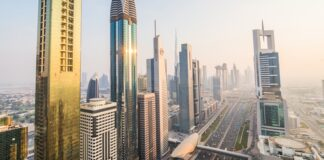 UAE Announces New Penalty for Companies that Don't Pay Salaries on Time