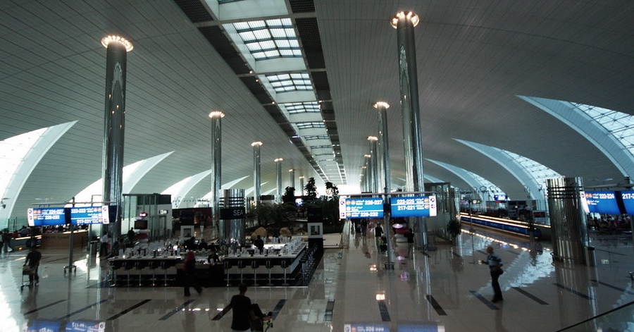 """A traveler who arrived at Dubai International Airport with three kilograms of heroin hidden in the lining of a suitcase admitted to attempting to smuggle the drug. On April 24, customs inspectors got suspicious of the 51-year-old Afghan national and investigated his bags, according to the Dubai Criminal Court. Officials Nab Tourist Carrying 3kg of Heroin at Dubai Airport Upon arriving at around 12:30 am, the internal customs inspection unit took notice of the man and proceeded inspect him and his belongings at the airport, the National reported. Even when the cops had emptied his two suitcases, they were exceptionally heavy. An X-ray screening and a physical search revealed that the luggage contained little plastic wraps hidden in the metal bars in the lining. The officers discovered 28 white powder wraps. """"After we found the drugs, skilfully hidden inside the bags, we asked him about it and he admitted knowing he was carrying drugs but that he didn't know it was heroin,"""" the customs inspector said. The powder turned out to be 3.1kgs of heroin, according to tests. The Afghan informed police that he was given the suitcases in Afghanistan and directed to deliver them to a man in Dubai. He admits to attempting to bring drugs into the emirate for sale. On September 14, he will be sentenced. READ NEXT: Man Detained After Marijuana Found in Luggage at Dubai Airport"""
